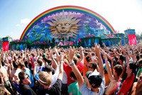 Tomorrowland: смотри прямую трансляцию на YouTube