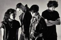 Слушай и распространяй новый альбом The xx (аудио-виджет)