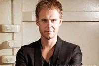 Armin Van Buuren презентовал фильм о минувшем году своей жизни