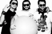Swedish House Mafia вновь отстояли первенство!